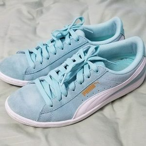 PUMA Sneakers Light Blue & White Suede Size 7.5